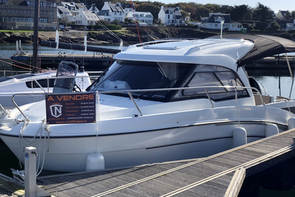 Beneteau Antares 7 OB for sale in France for €44,000 (£40,332)