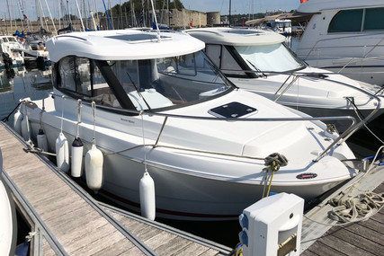 Beneteau Antares 680 HB for sale in France for €26,500 (£24,331)