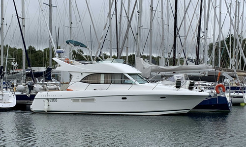 Image of Prestige 36 for sale in France for €96,000 (£87,583) FORET-FOUESNANT, , France