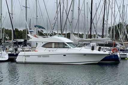 Prestige 36 for sale in France for €96,000 (£87,672)
