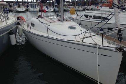 Jeanneau Sun 2500 for sale in France for €19,900 (£18,271)
