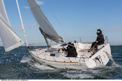 Beneteau First 25 for sale in France for €43,000 (£39,415)