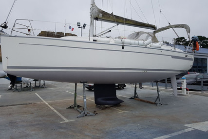 Bavaria Yachts 32 Cruiser for sale in France for €50,000 (£43,443)