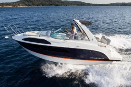 Bayliner Ciera 8 for sale in France for €79,000 (£72,074)