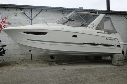Jeanneau Leader 8 for sale in France for €72,000 (£65,541)