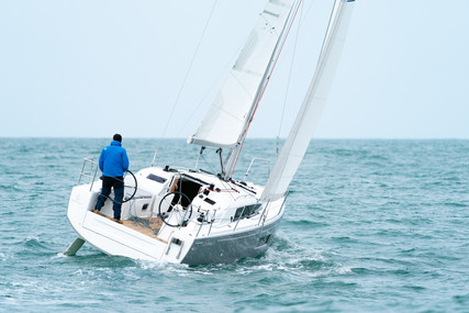 Beneteau Oceanis 30.1 for sale in Australia for $199,000 (£110,082)