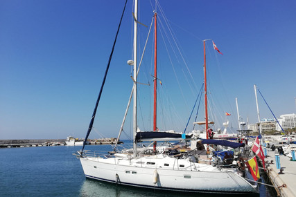 Beneteau Oceanis 423 for sale in Spain for €99,000 (£85,506)