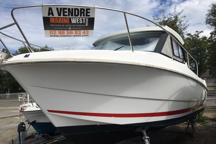 Beneteau Antares 7.80 for sale in France for €37,900 (£34,797)