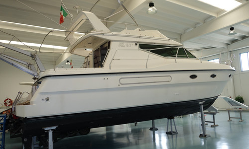 Image of Azimut Yachts 37 for sale in Italy for €60,000 (£54,998) Emilia Romagna, , Italy