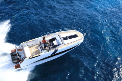 Beneteau Flyer 8.8 Sundeck for sale in Italy for €124,900 (£114,065)
