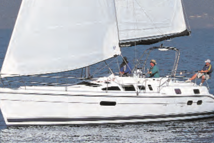 Hunter 42 Passage for sale in France for €85,000 (£77,626)