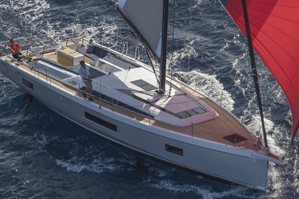 Beneteau OCEANIS 51.1 for sale in France for €375,000 (£342,469)