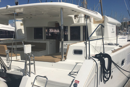 Lagoon 450 for sale in France for €370,000 (£328,822)