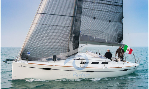 Image of Italia Yachts 10.98 for sale in Italy for €190,000 (£172,955) Mesagne (BR), , Italy