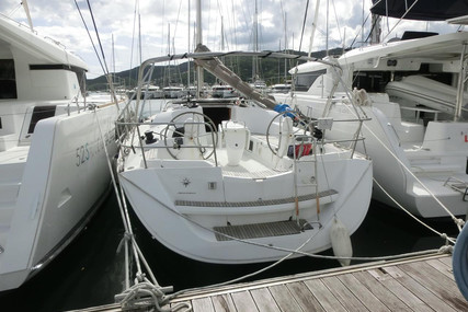 Jeanneau Sun Odyssey 42i for sale in Martinique for €81,400 (£74,339)