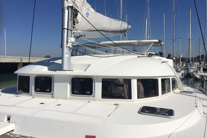Lagoon 380 for sale in Martinique for €230,000 (£209,906)