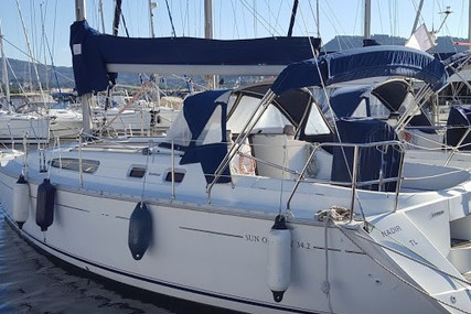 Jeanneau Sun Odyssey 34.2 for sale in France for €49,600 (£45,297)