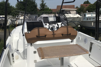 Beneteau Flyer 8 Sundeck for sale in France for €78,500 (£71,642)