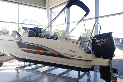 Beneteau Flyer 6.6 Spacedeck for sale in France for €34,000 (£31,051)