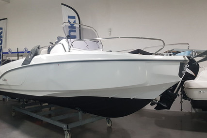 Beneteau Flyer 6.6 Spacedeck for sale in France for €34,000 (£31,165)