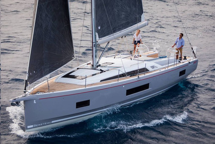 Beneteau Oceanis 461 for sale in France for €378,119 (£336,809)