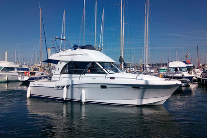 Beneteau Antares 9.80 for sale in France for €89,000 (£81,714)