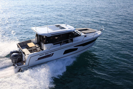 Jeanneau Merry Fisher 1095 for sale in France for €204,900 (£187,125)