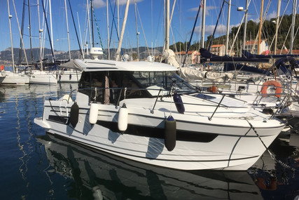 Jeanneau Merry Fisher 895 for sale in France for €110,000 (£100,458)