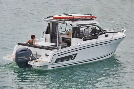 Jeanneau Merry Fisher 795 for sale in France for €78,900 (£72,055)