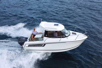 Jeanneau Merry Fisher 605 for sale in France for €38,500 (£35,290)