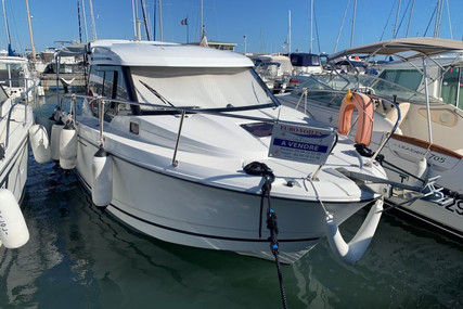 Jeanneau Merry Fisher 795 for sale in France for €62,000 (£56,622)