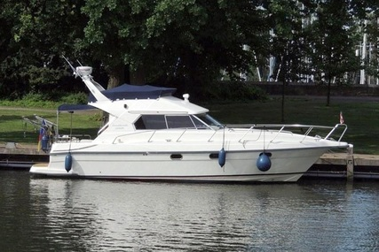 Riviera 925 Flybridge for sale in Netherlands for €68,000 (£62,433)