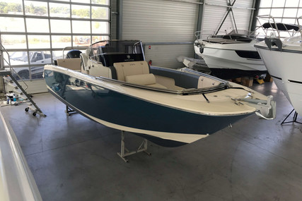 Invictus 270 FX for sale in France for €79,900 (£73,359)