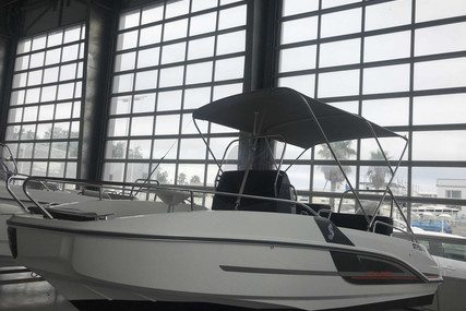 Beneteau Flyer 5.5 Spacedeck for sale in France for €23,900 (£21,782)