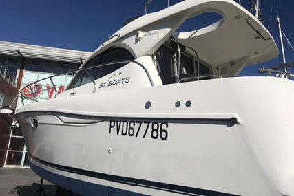 ST BOATS 30 CRUISER for sale in France for €69,000 (£63,222)
