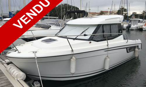 Image of Jeanneau Merry Fisher 695 for sale in France for €41,500 (£38,040) SAINT CYPRIEN, , France