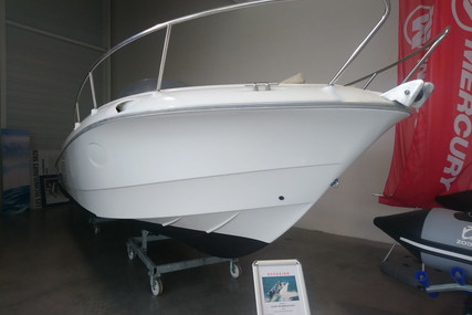 Beneteau Flyer 750 Open for sale in France for €19,000 (£17,316)