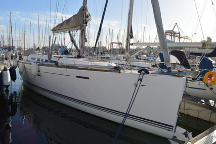 Dufour Yachts 40 E Performance for sale in Portugal for €157,000 (£143,283)