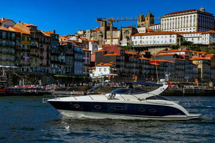 Azimut Yachts ATLANTIS 39 for sale in Portugal for €135,000 (£122,352)