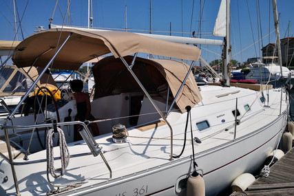 Beneteau Oceanis 361 Clipper for sale in Italy for €70,000 (£64,270)