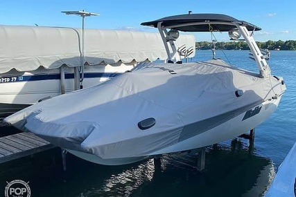 Malibu 22MXZ for sale in United States of America for $123,000 (£95,580)