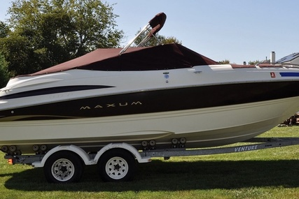 Maxum 2300 SR for sale in United States of America for $17,750 (£13,934)