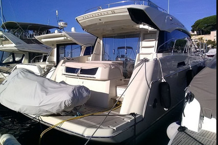 Beneteau MC 5 S for sale in France for €441,666 (£403,079)