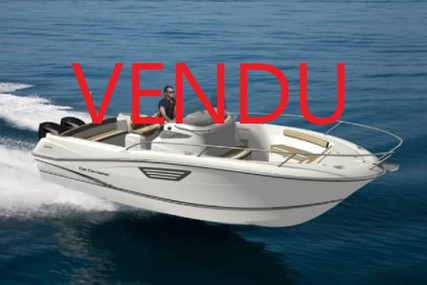 Jeanneau Cap Camarat 8.5 CC for sale in France for €68,000 (£62,120)