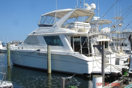 Sea Ray 500 Sedan Bridge for sale in United States of America for $128,000 (£92,727)