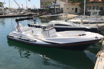 Zar Formenti 65 for sale in France for €59,000 (£53,845)