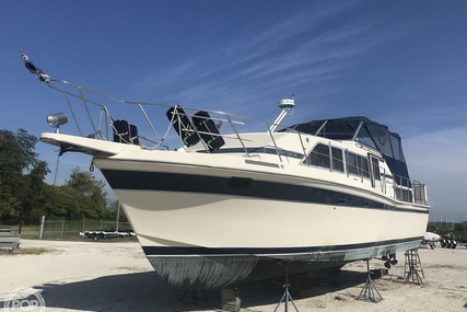 Chris-Craft 381 Catalina for sale in United States of America for $25,000 (£19,427)