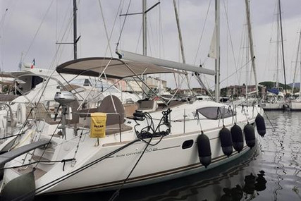 Jeanneau Sun Odyssey 50 DS for sale in France for €250,000 (£226,579)