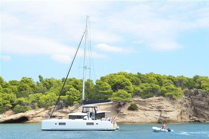 Lagoon 42 for sale in Greece for €420,000 (£381,239)