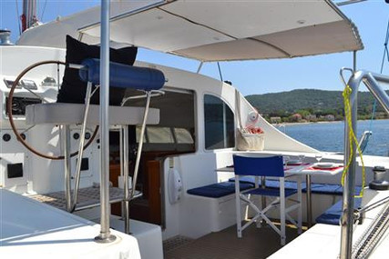 Lagoon 410 S2 for sale in France for €209,000 (£190,927)